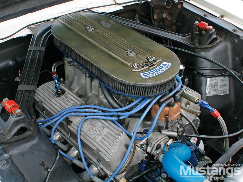mdmp_1102_04_+1966_shelby_hertz_gt350h+_engine.jpg