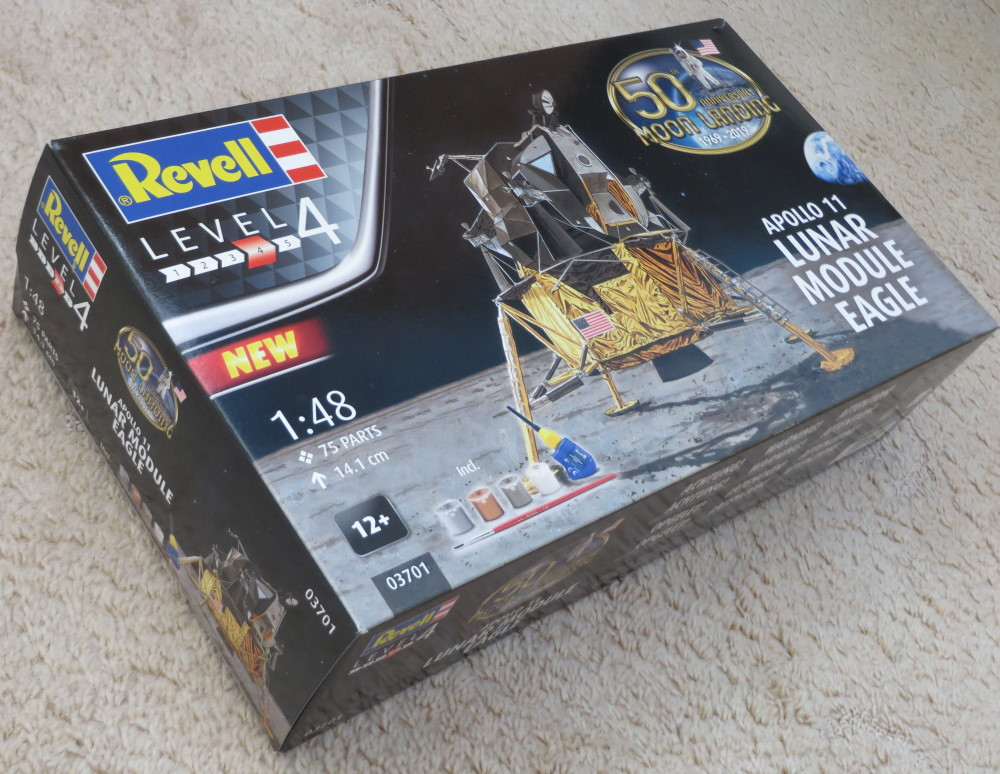 Apollo11_LM_Eagle_Revell_1-48_pic2.jpg