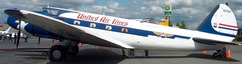 800px-Restored_United_Boeing_247.jpg